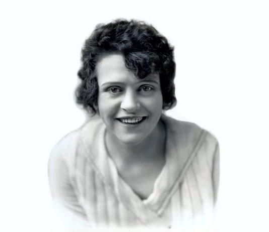 Stuntwomen Helen Gibson